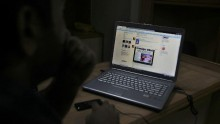 SMS Services Resume In Kashmir; Internet, Prepaid Services Still Down
