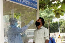 India Reports A Slight Dip In Daily Covid-19 Cases, Logs 3,68,147 New Infections