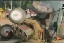Farm Bills Protest: Tractor Set On Fire At India Gate