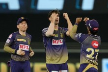 RR Vs KKR LIVE: Cummins Gets Smith Early; Rajasthan 15/1 (2)