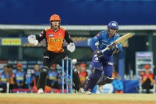 Quinton, Ishan Rebuild For Mumbai Indians