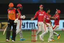 KXIP Vs SRH: Hyderabad Lose Warner, Bairstow; 61/2, Target 127