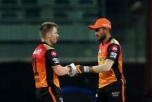 Warner Hits Fifty Keeps Hyderabad In Hunt