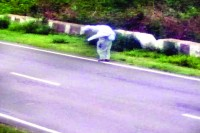 Man Carries Mother On Shoulder To Cremation Site As Kin, Villagers Turn Spectators