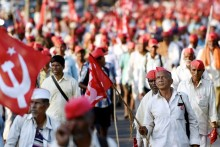 Nashik Farmers On Road To Join Massive Rally At Azad Maidan In Mumbai Tomorrow