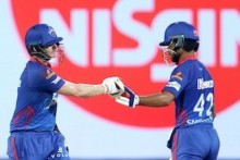 Smith, Dhawan Steady After Jayant Gets Shaw