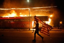Protesters In US Start Fires Near White House Amid Calls To End Police Violence