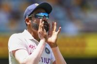 Shastri Picks Siraj As Find Of Australia Test Series
