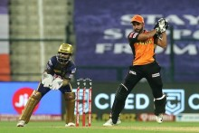 KKR VS SRH LIVE: Pandey Fifty Drags Hyderabad To 142/4