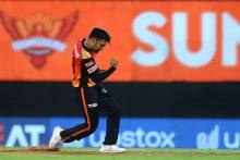 Rashid Breaks 53-run Opening Stand, Gill Out For 15