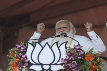 Bengal Will Choose Poriborton: Modi Turns Change-Slogan Tables On Mamata