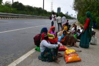 Coronavirus: Seal Borders To Stop Exodus Of Migrants, Centre Tells States