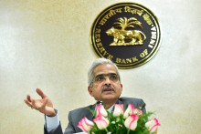 RBI Keeps Lending Rate Unchanged Amid High Inflation; Maintains Accommodative Stance