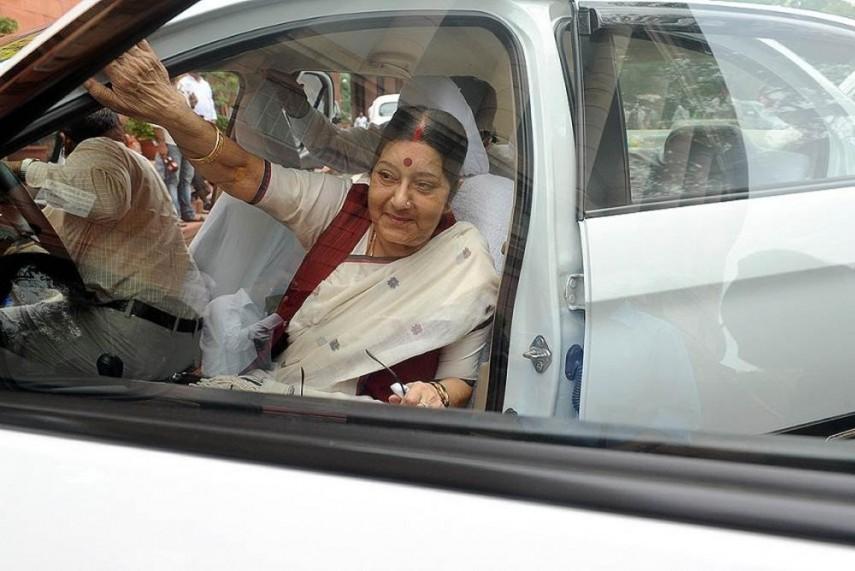 Sushma Swaraj Suffers Kidney Faliure May Go In For A Transplant