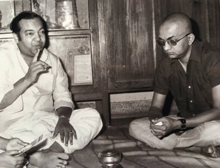 How Did Cho Ramaswamy Carve A Niche For Himself In Tamil Theatre?