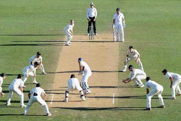 Cricket A Gentlemen S Game