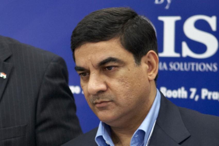 The Shadowy World Of Arms Dealer Sanjay Bhandari