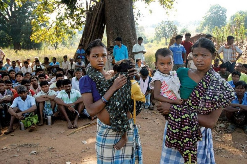 Activists, Scholars Appeal To 'Restore Rule Of Law' In Bastar
