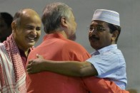 In A Bear-Hug During Exit, Najeeb Jung Referred 7 Corruption Cases Against AAP Govt To CBI