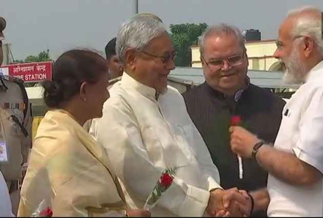 PM Modi Shares Stage With Bihar CM Nitish Kumar First Time After Patch-Up