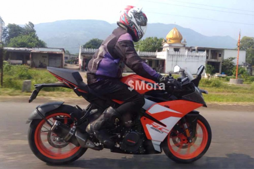 KTM RC 250 Test Mule Spotted; Launch Eminent