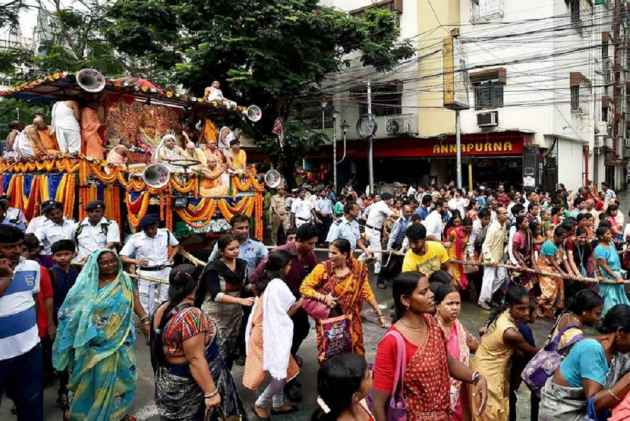 Where Are Moderate Hindus?