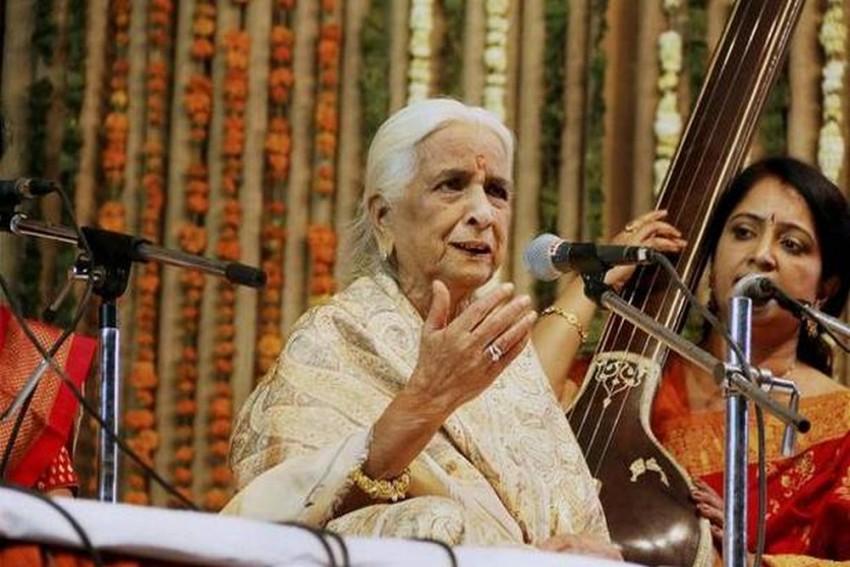 Legendary Thumri Singer Girija Devi Dies, Admirers Say Her Demise Will Create A Deep Void