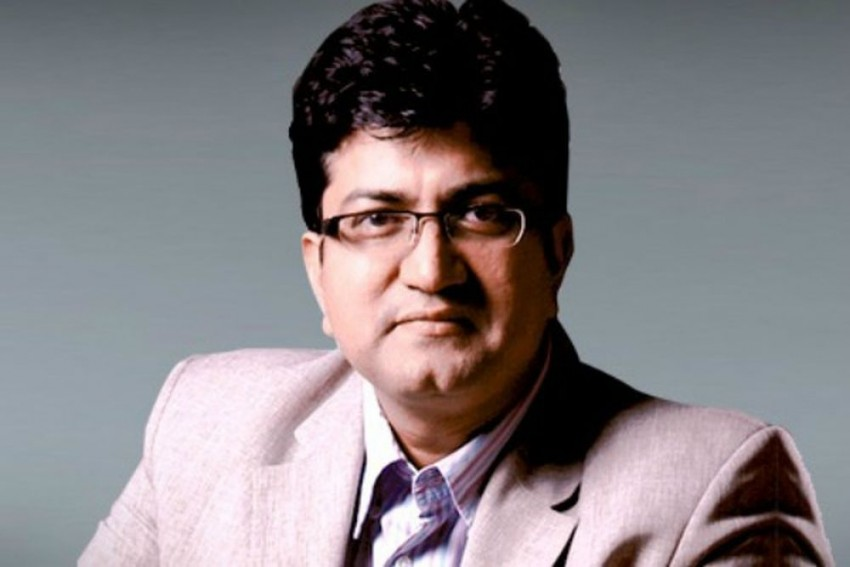 Delay In Mersal's Telugu Version  Being 'Unnecessarily Sensationalised': CBFC Chief Prasoon Joshi