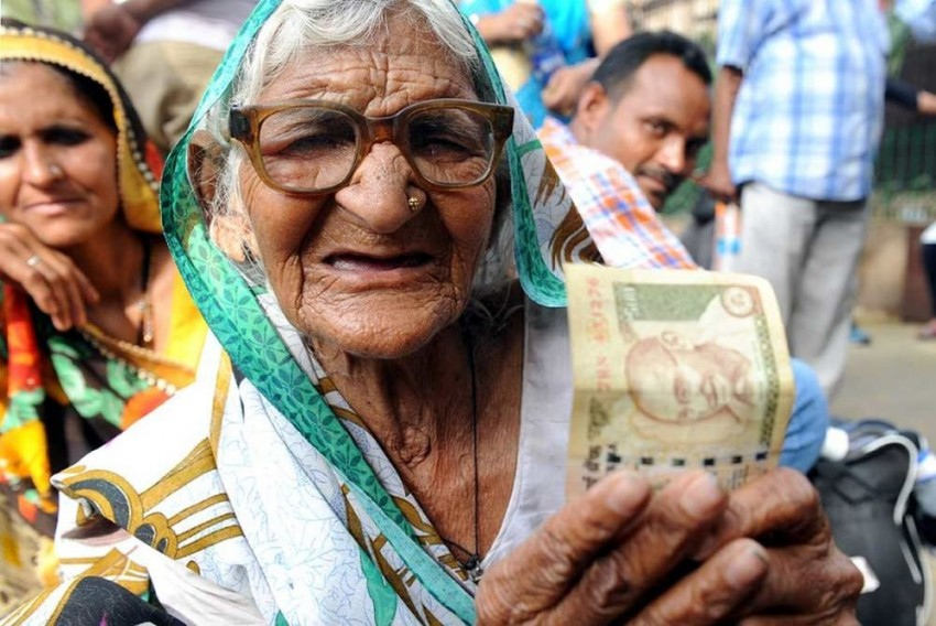 Demonetisation Hit Poor But They Forgave Modi Because They Thought He Was On Their Side, Says Former Planning Commission Member