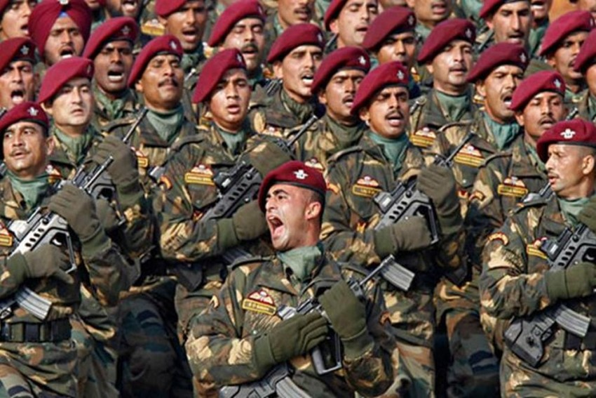 7 Lakh Rifles, 44,000 LMGs, 44,600 Carbines: Indian Army Finalises Rs 40,000-Crore Mega Procurement Plan