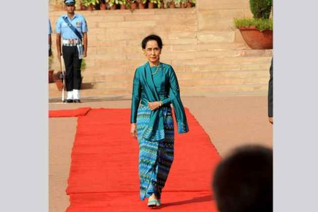 Oxford Finds It 'No Longer Appropriate' To Celebrate Suu Kyi, Strips Her Of Award