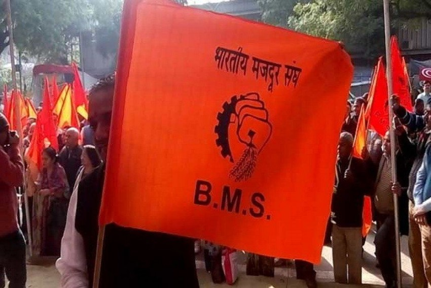 RSS-Linked Bharatiya Mazdoor Sangh Slams 'Harvard-Educated' Govt Advisers