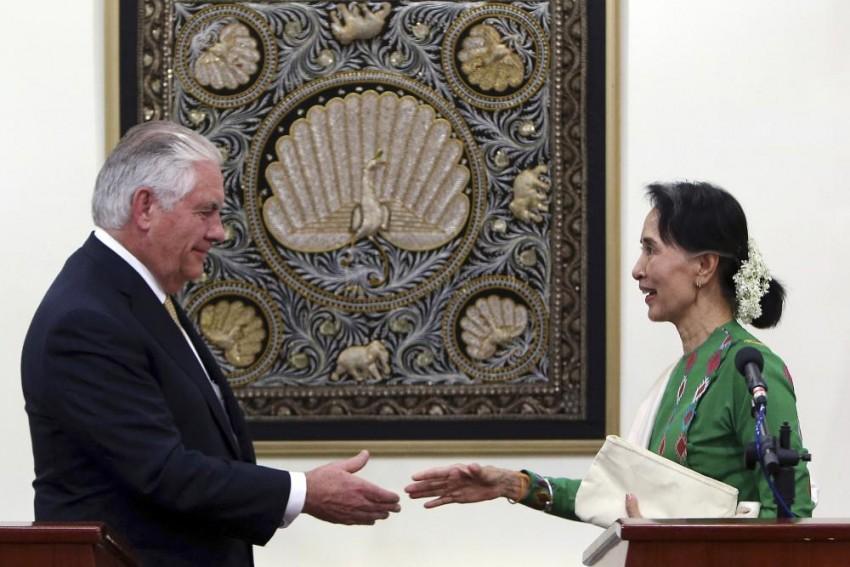 Rohingya: Tillerson Says US Considers Individual Sanctions For Myanmar