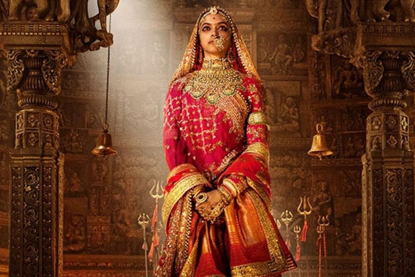 <em>Padmavati</em> Row: Protesters Block Tourist Entry To World Heritage Site Chhittorgarh Fort, Which Houses Padmini's Palace
