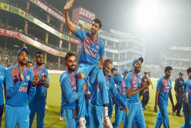 Life After Retirement For Ashish Nehra: Coaching Or Commentary?