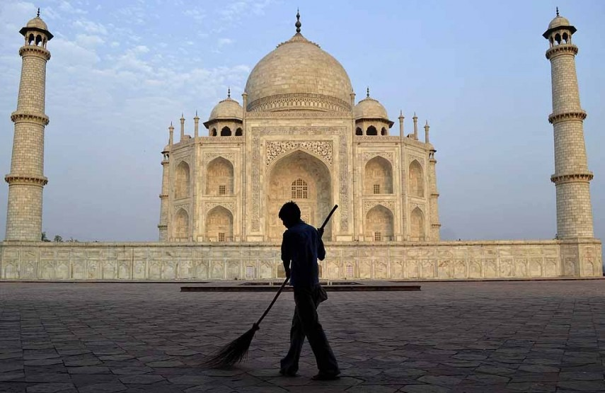 SC Denies Parking Lot Construction Near Taj Mahal, Says 'Tourists Can Walk To The Monument'