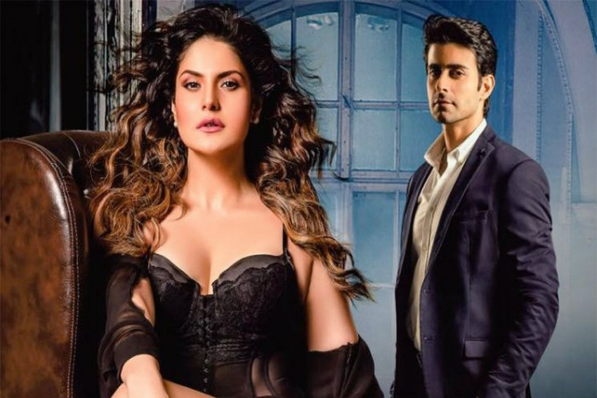 <em>Aksar-2</em> Filmmakers Wanted Me To Wear Minimal Clothes In Every Frame, I Got Ill-Treated: Actress Zareen Khan
