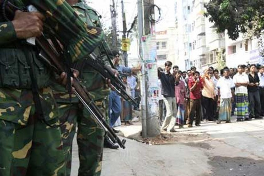Bangladesh High Court Upholds Death Sentence Of 139 Soldiers Involved In 2009 Mutiny