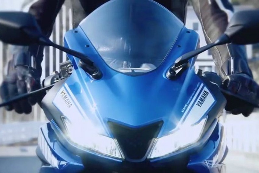 Yamaha YZF-R15 v3.0 Spotted Testing In India