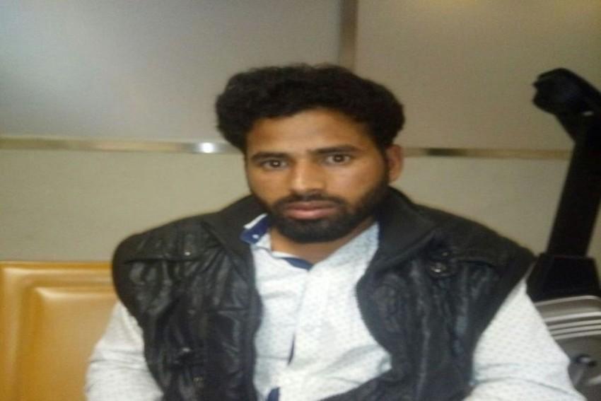 Uttar Pradesh ATS Arrests ISIS Suspect Abu Zaid From Mumbai Airport