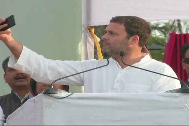 Want To See Chinese Youth Clicking Selfies With 'Made In Himachal/India' Cellphones, Says Rahul Gandhi