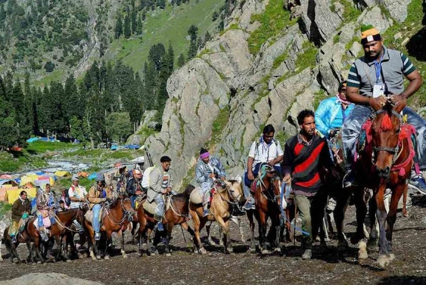 NGT Bans Chanting Of 'Mantras', Ringing Of Bells In Amarnath