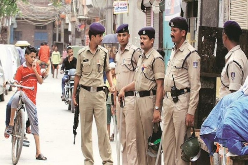 Mathura Tourism Police To Wear Hindu Religion On Their Sleeves, Opposition Says State Organs Are Not Supposed To Display Religious Symbols
