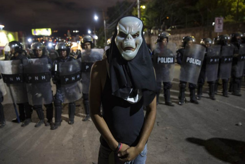 Amid Vote Protests, Honduras Announces Curfew, Restrictions