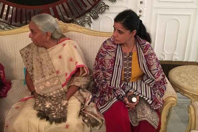 'Metallic Substance' Found In Jadhav's Wife's Shoes: Reports Pak Media