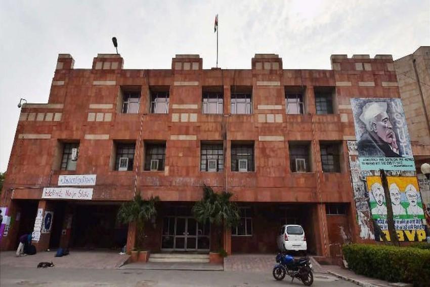 Compulsory Classroom Attendance For JNU Students Is A Regressive Idea