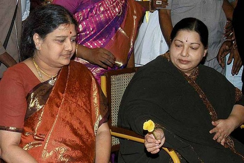 SC To Pronounce Verdict In Jayalalithaa Corruption Case Within a Week