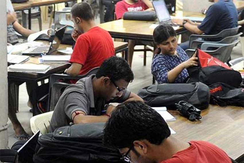 Top Engineering Colleges In 2013