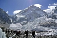 A Team Of Indian Surveyors Is Expected To Embark On A Rs 5 Crore Expedition To Re-Measure Height Of Everest