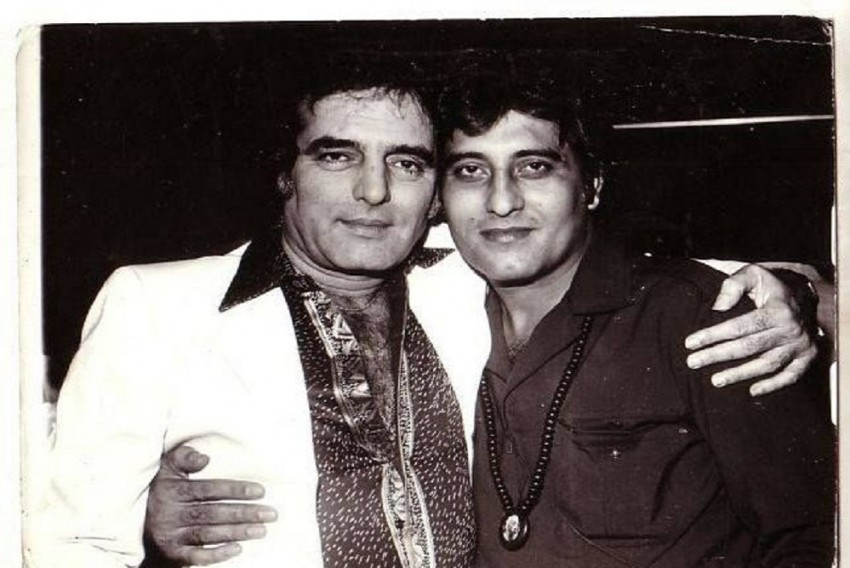 Best Friends Vinod Khanna And Feroz Khan Died On Same Date, At Same Age And Of Same Disease